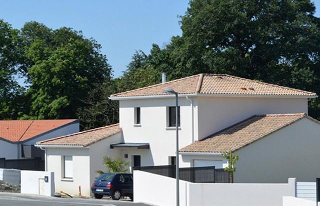 maisons sur-mesure, Maisons traditionnelles